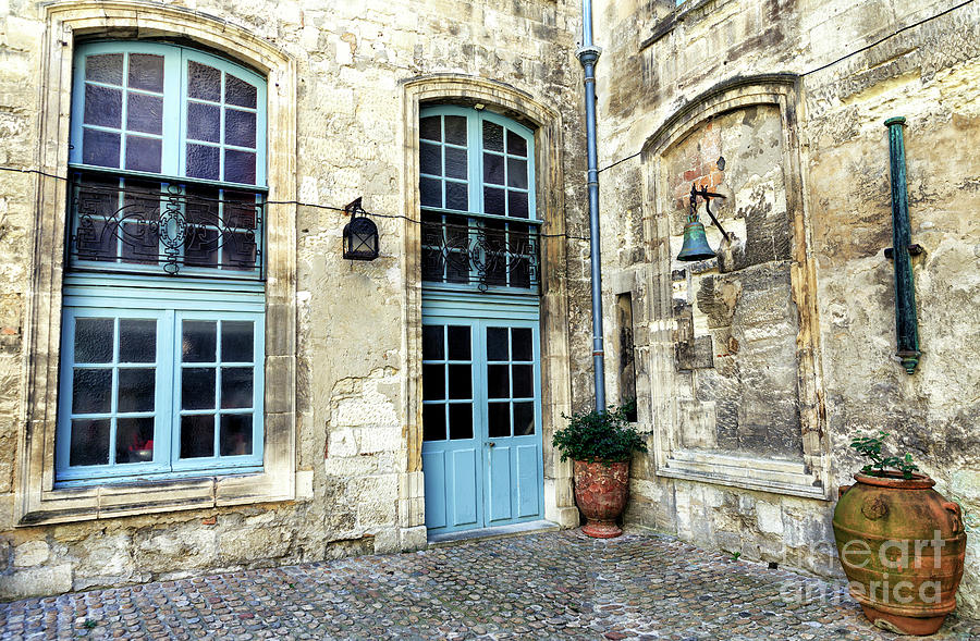 Courtyard Photograph - Avignon Courtyard by John Rizzuto