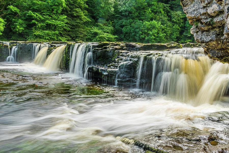 Aysgarth Photograph - Aysgarth Upper Falls, Yorkshire Dales by David Ross