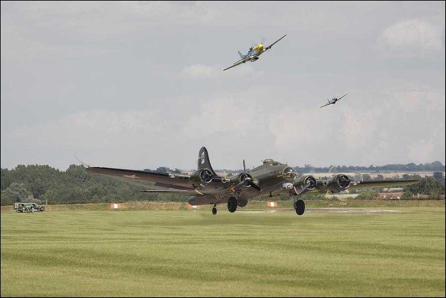 Aircraft Digital Art - B17-battle Weary by Pat Speirs