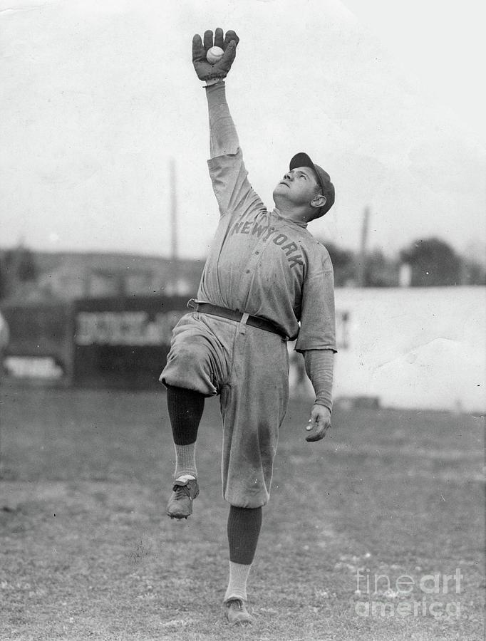 Babe Ruth Catches Fly Ball Photograph by Transcendental Graphics