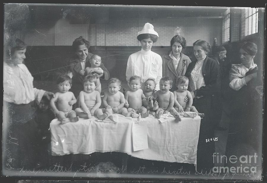 Babies Entering Contest Photograph by Bettmann
