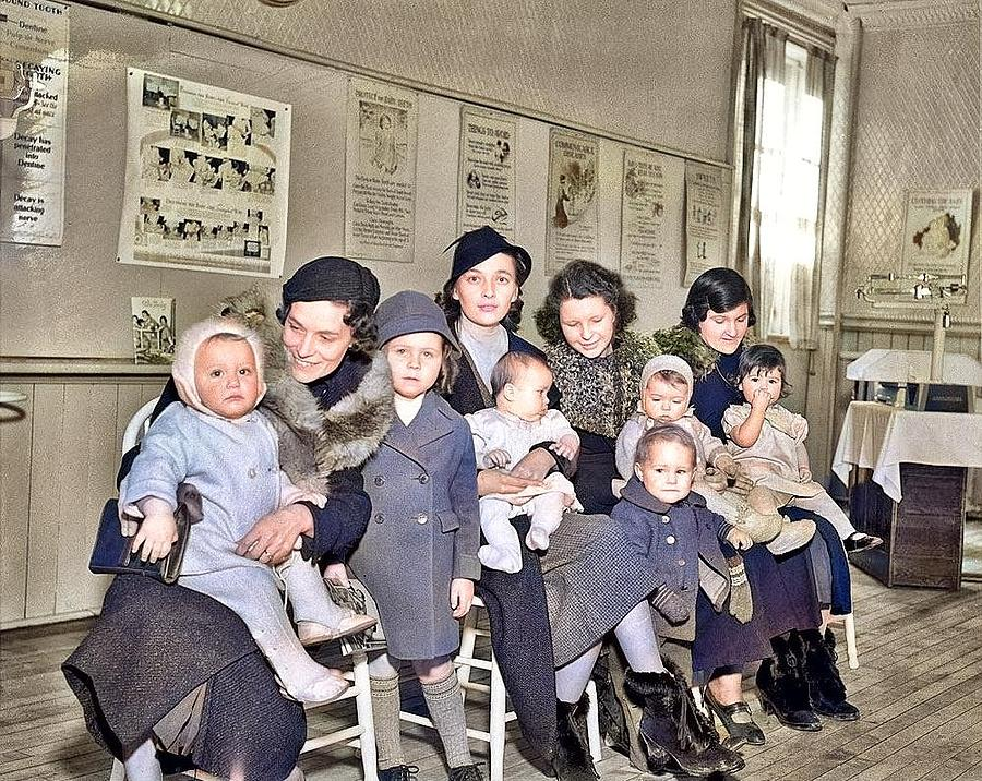 Baby clinic Alexandra Studio colorized by Ahmet Asar colorized by Ahmet Asar by Ahmet Asar