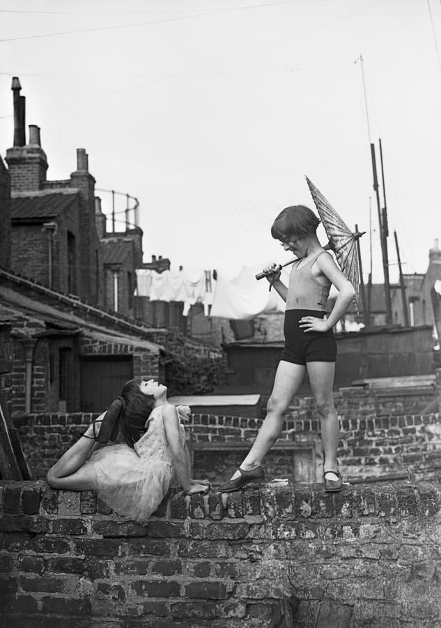 Back Garden Cabaret Photograph by Fox Photos