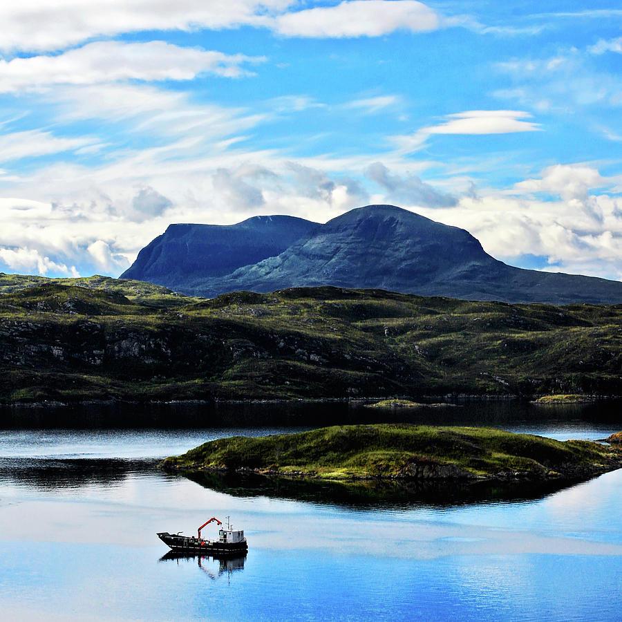 Badcall Bay, North West Sutherland Photograph by Vilhjalmur Ingi Vilhjalmsson