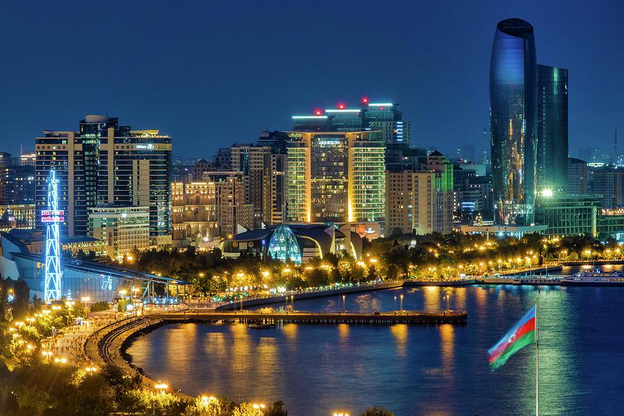 Baku Boulevard by Fabrizio Troiani