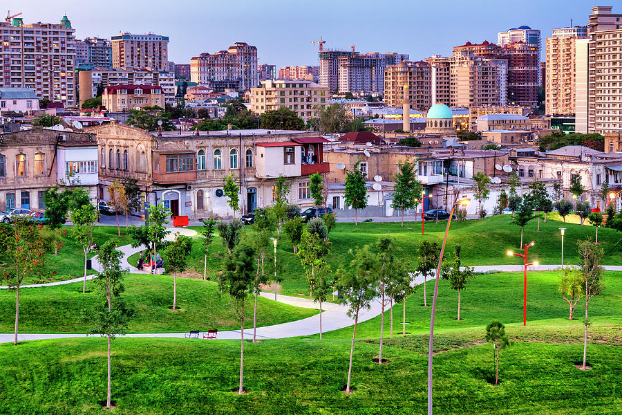 Baku Central Park by Fabrizio Troiani