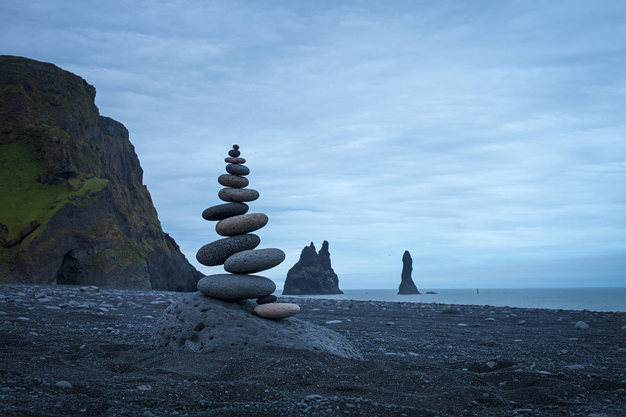 Balancing Art 59 Sculpture By Pontus Jansson