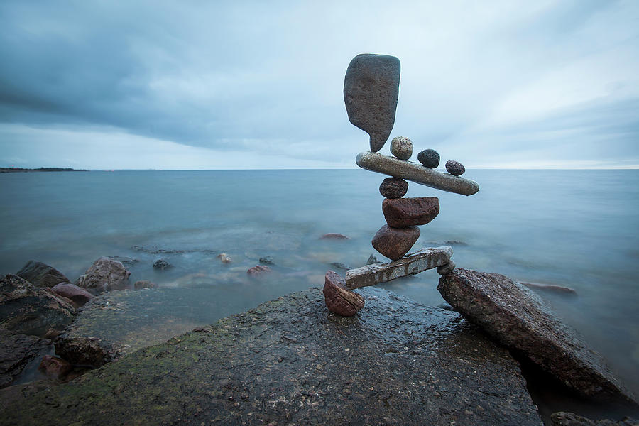 Balancing Art 69 Sculpture By Pontus Jansson