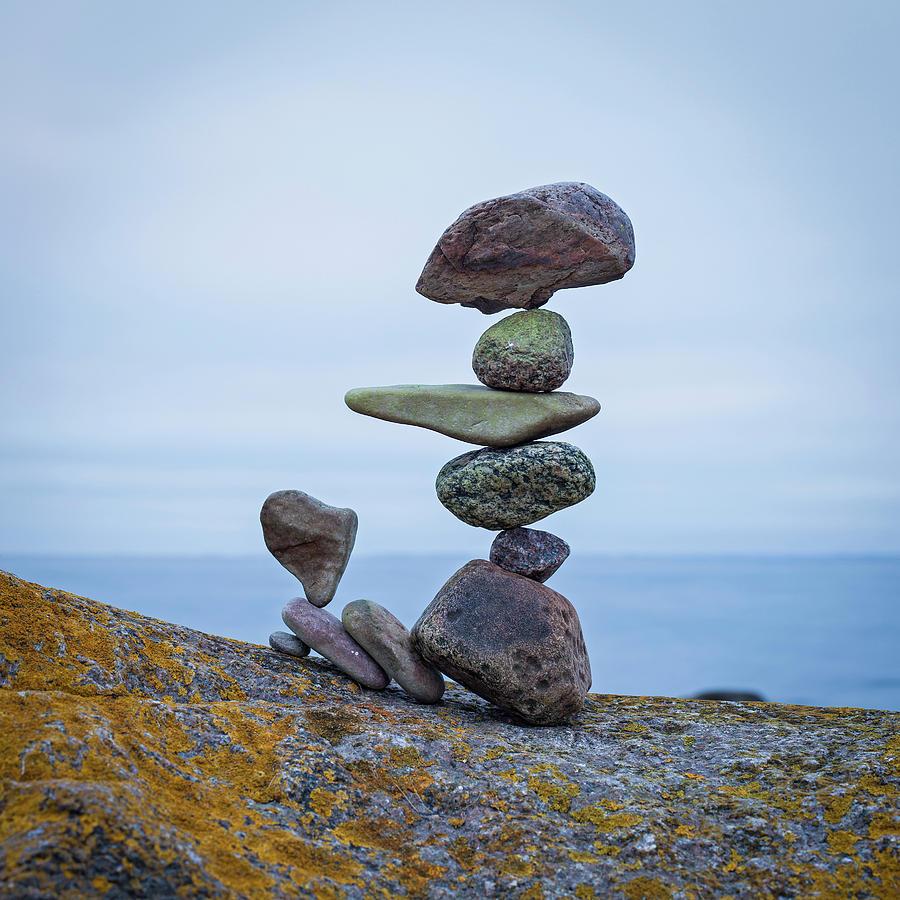 Balancing Art 74 Sculpture By Pontus Jansson