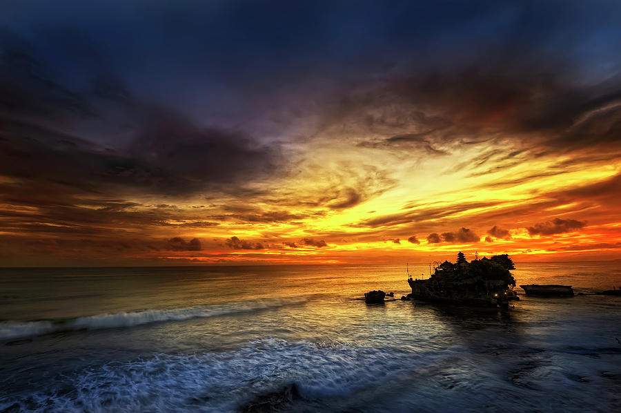 Bali - Tanah Lot Photograph by By Toonman