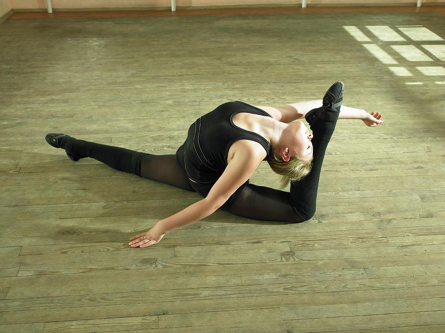 Ballet Dancer 14-15 Rehearsing In Dance Photograph by Hans Neleman