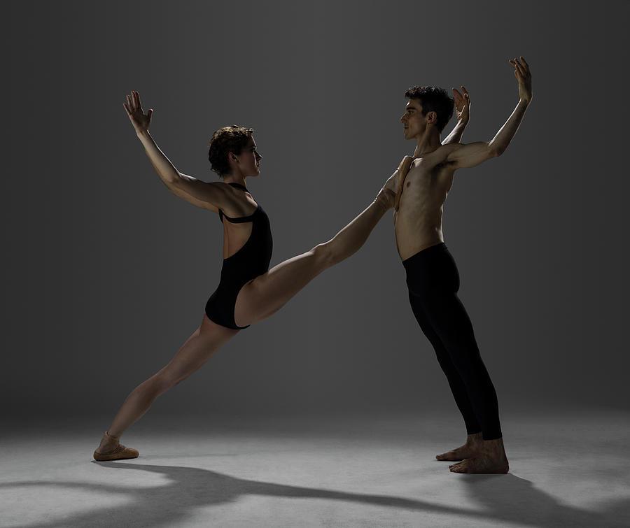 Ballet Dancers Performing A Pas De Deux Photograph by Nisian Hughes