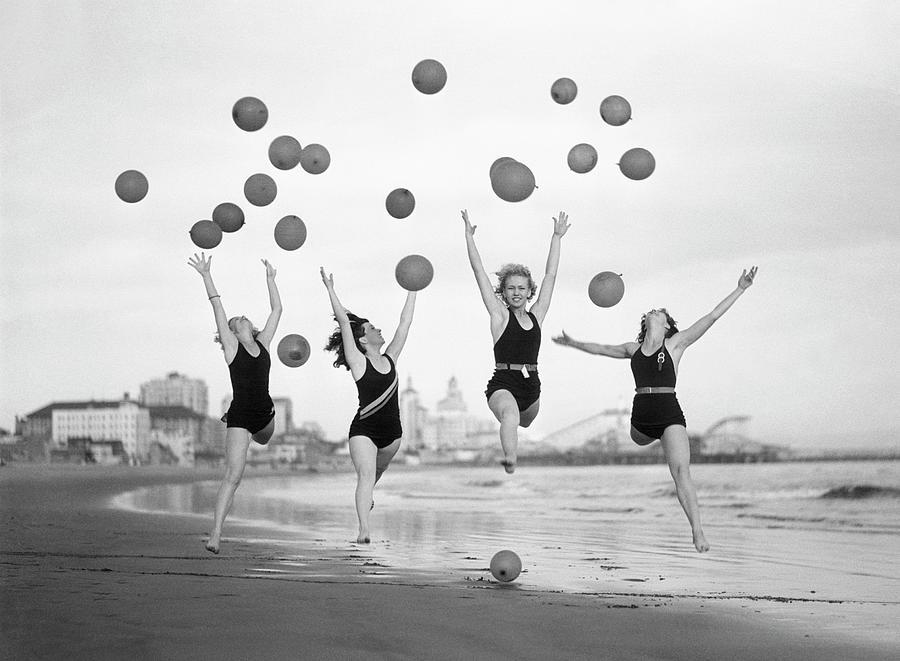 Balloon Dancers On Long Beach Photograph by Bettmann