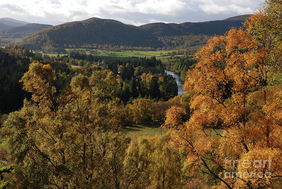 Balmoral Autumn by Phil Banks
