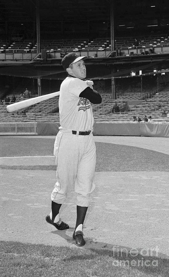 Baltimore Orioles Brooks Robinson Photograph by Bettmann