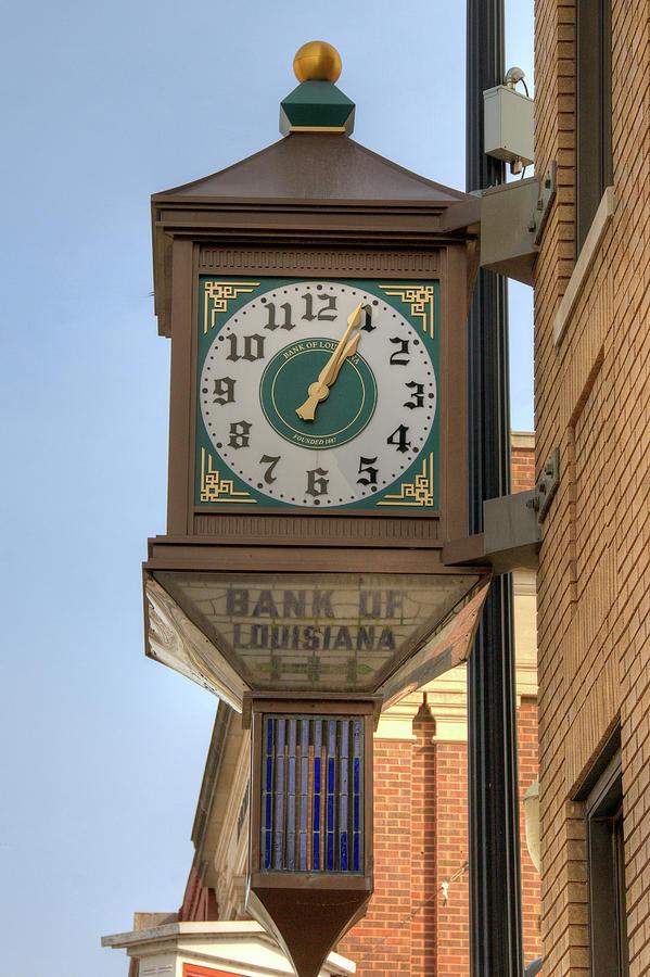 Bank Clock by Steve Stuller