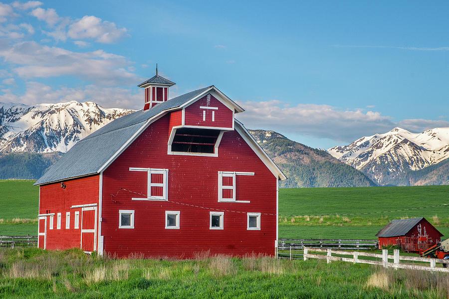 Bar T Ranch Barn by Matthew Irvin