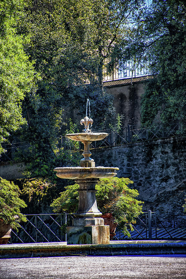 Castel Gandolfo Photograph - Barberini Gardens Fountain by Joseph Yarbrough