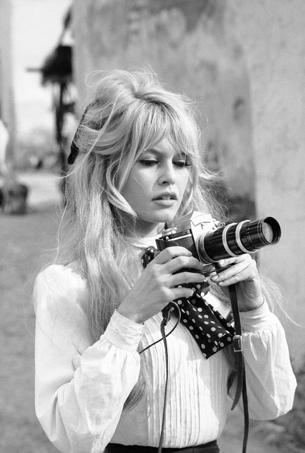 Bardot During Viva Maria Shoot Photograph by Ralph Crane