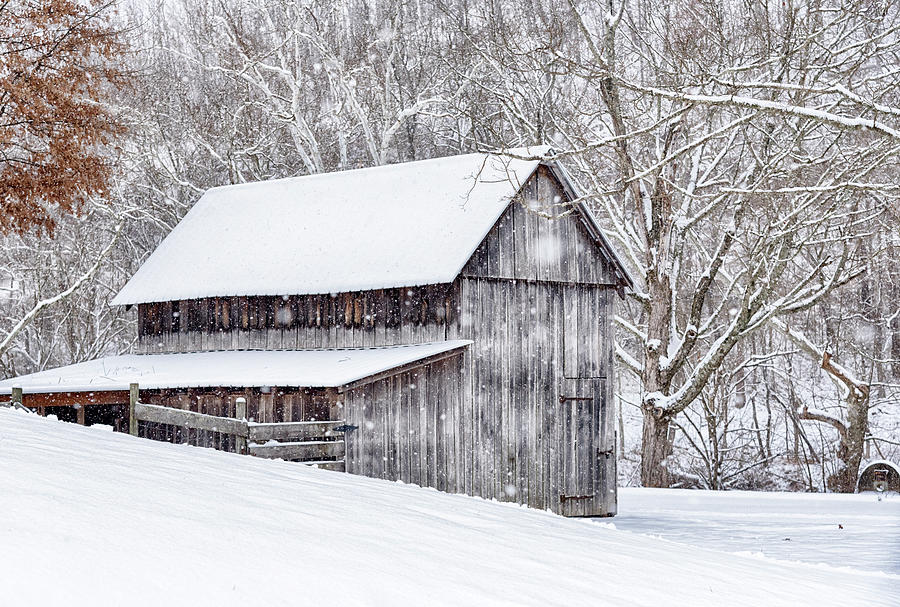 Barn in the Snow #2557 by Susan Yerry