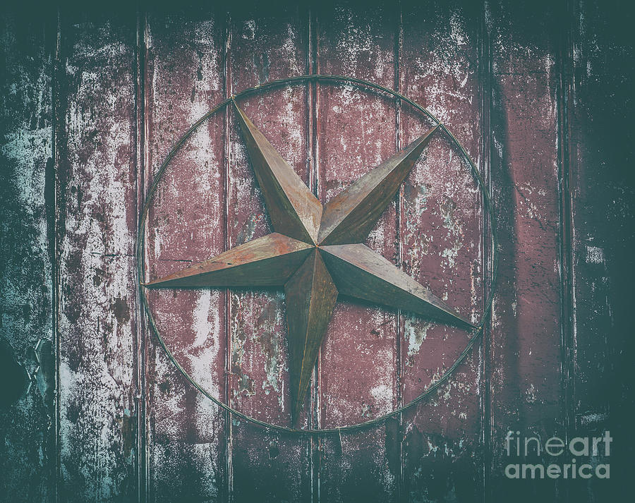 Man Cave Photograph - Barn Star by Dale Powell