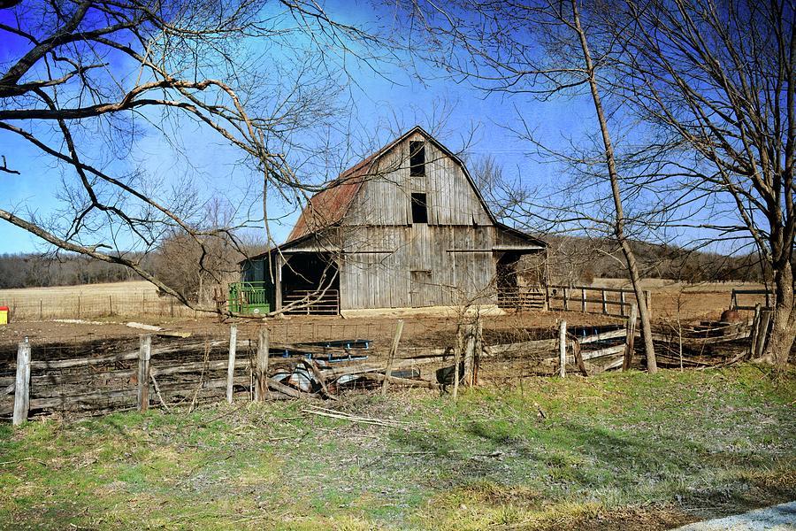 Barn West Of Washington Missouri by Marty Koch