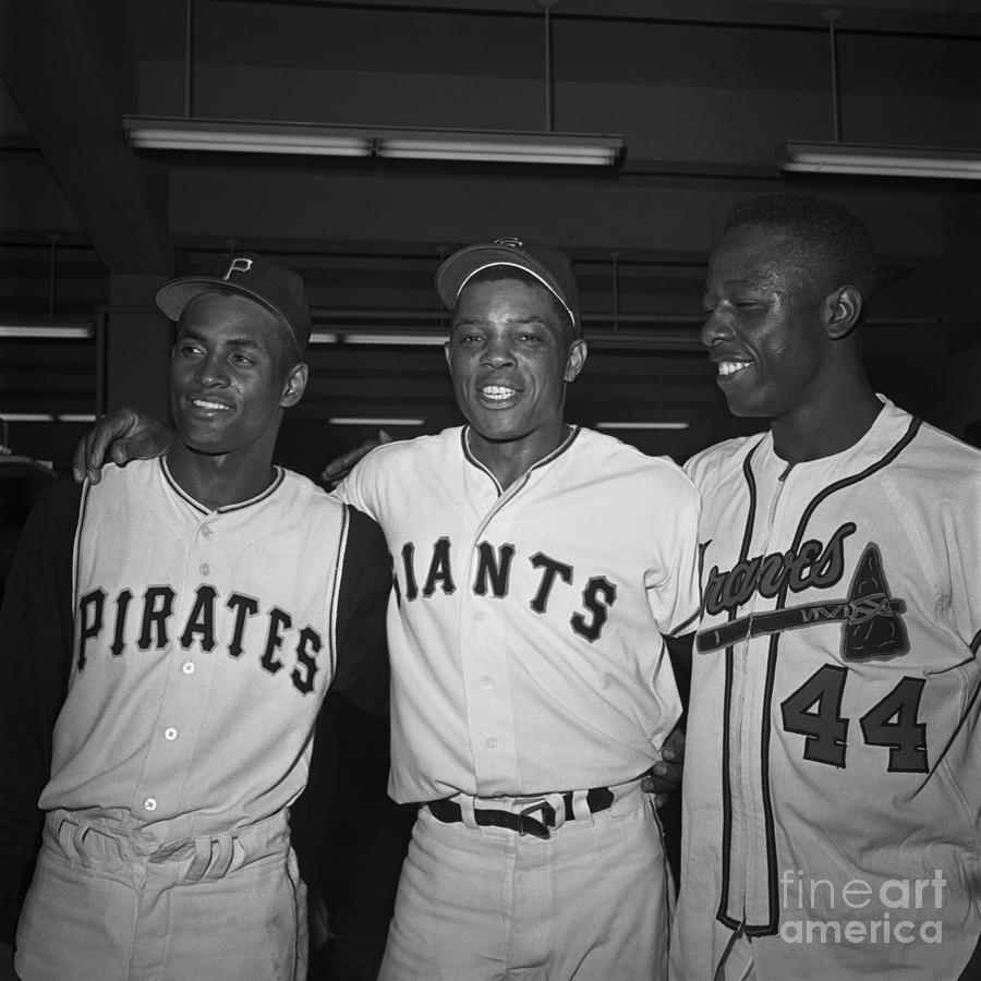 Baseball Players Standing Together Photograph by Bettmann