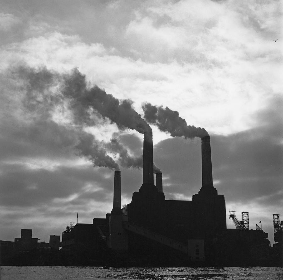 Battersea Power Station Photograph by George Freston