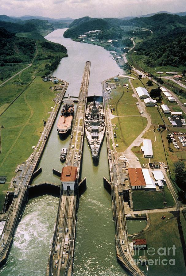 Battleship Passing Through Panama Canal Photograph by Bettmann