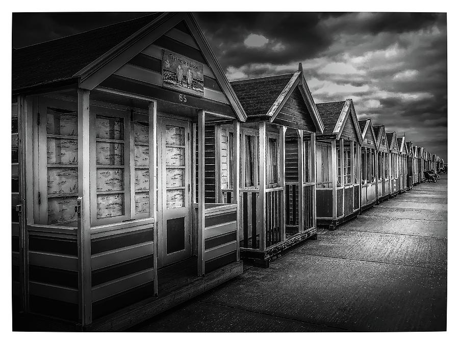 Beach Huts by S J Bryant