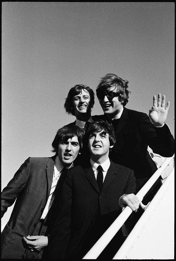 Beatles Arriving At Los Angeles Airport Photograph by Bill Ray