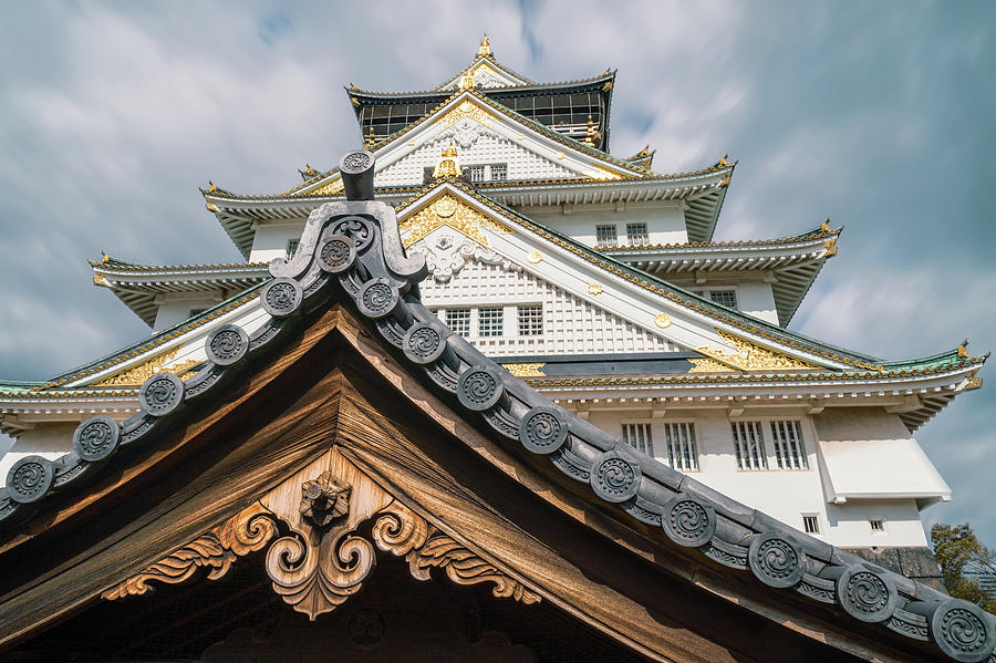 Beautiful Japanese traditional architectural details at Osaka Ca by Daniela Constantinescu