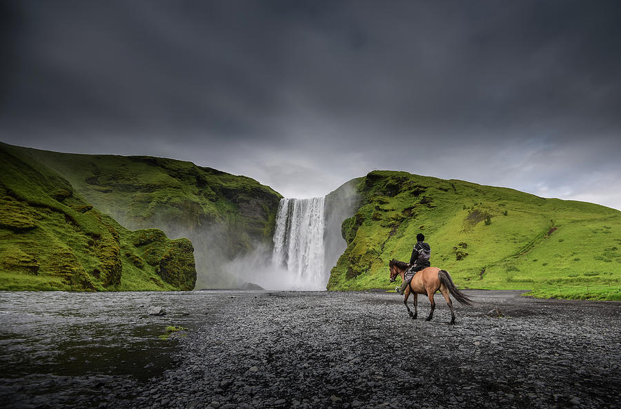 Beautiful skogafoss waterfall in Iceland by Suranga Weeratunga