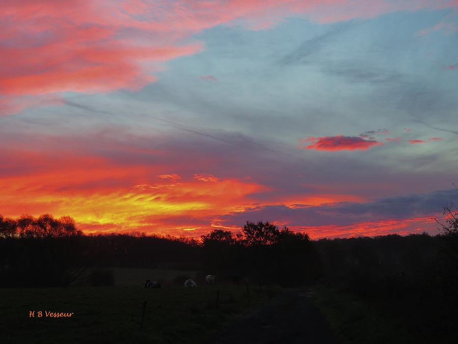 Nature Photograph - Beautiful Sunrise by B Vesseur