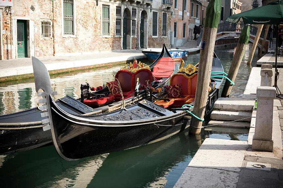 Beautiful Venice Photograph by T-lorien