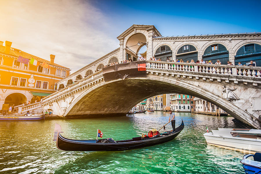 Di Photograph - Beautiful View Of Traditional Gondola by Canadastock
