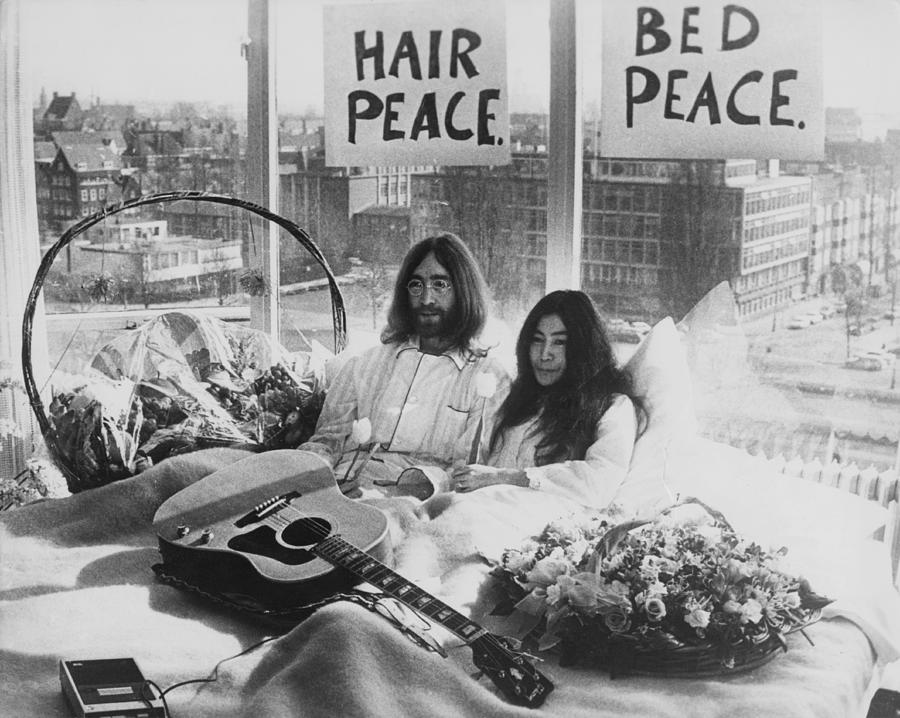 Bed-in For Peace Photograph by Keystone