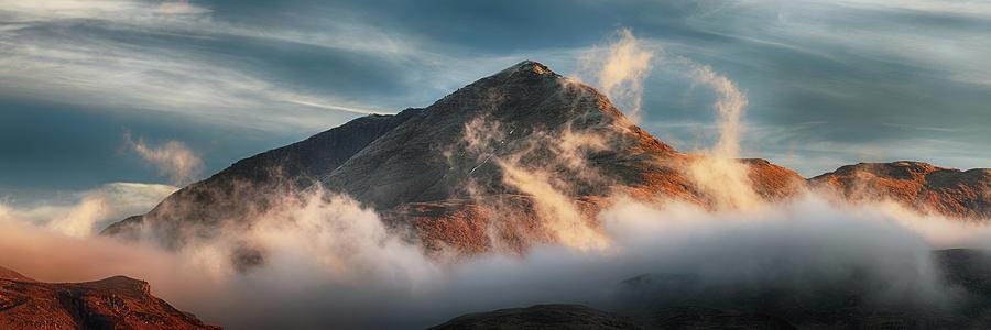 Ben Lomond Photograph - Ben Lomond Misty Sunset by Grant Glendinning