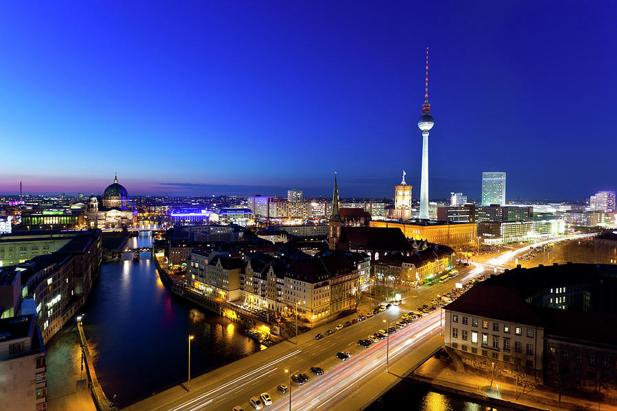 Berlin Skyline At Night Photograph by Querbeet