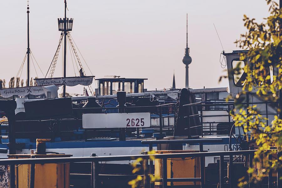 Berlin - Skyline Rummelsburger Bucht by Alexander Voss