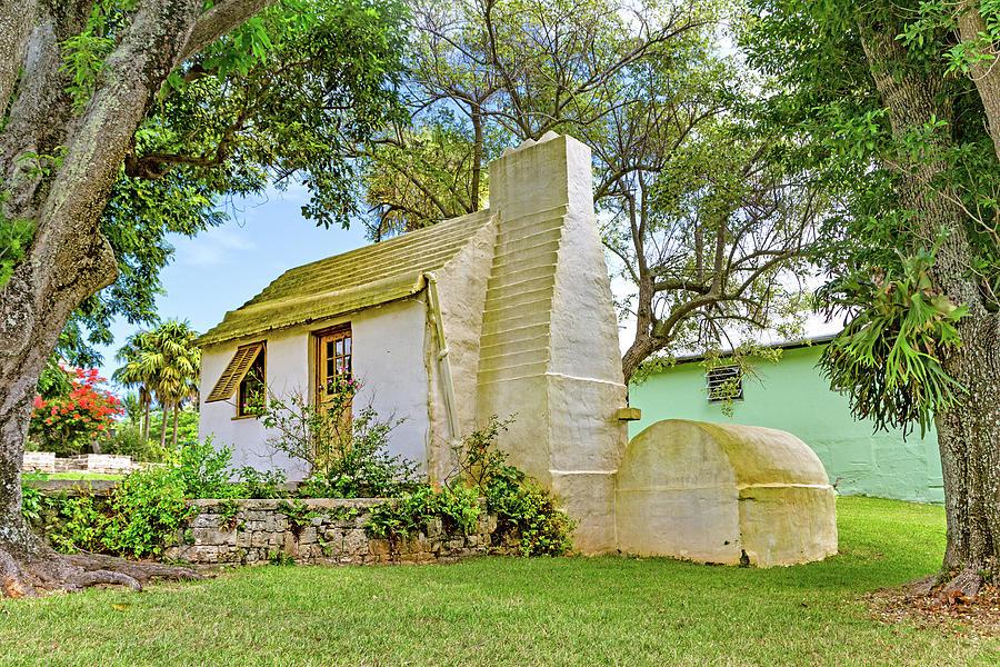 Botanical Photograph - Bermuda Botanical Gardens Cottage by Betsy Knapp