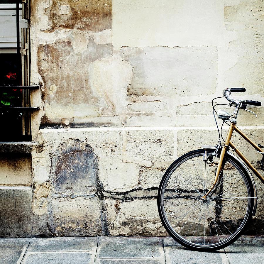 Bicycle, Ile St Louis, Paris Photograph by Image - Natasha Maiolo