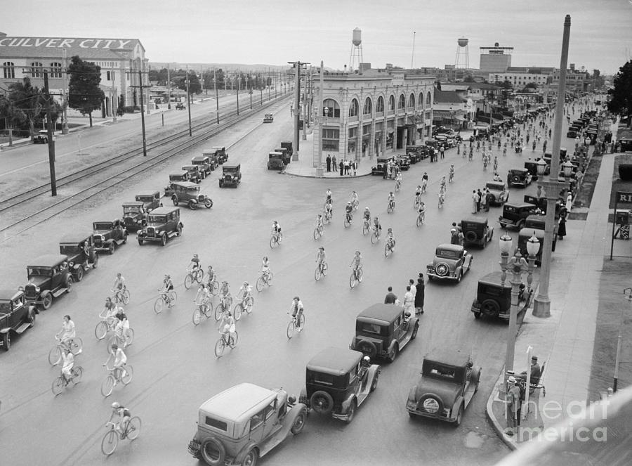 Bicycle Race On Culver City Street Photograph by Bettmann