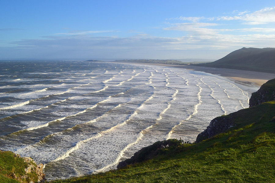 Big Waves At Rhossili Beach Photograph by Photo By Andrew Boxall