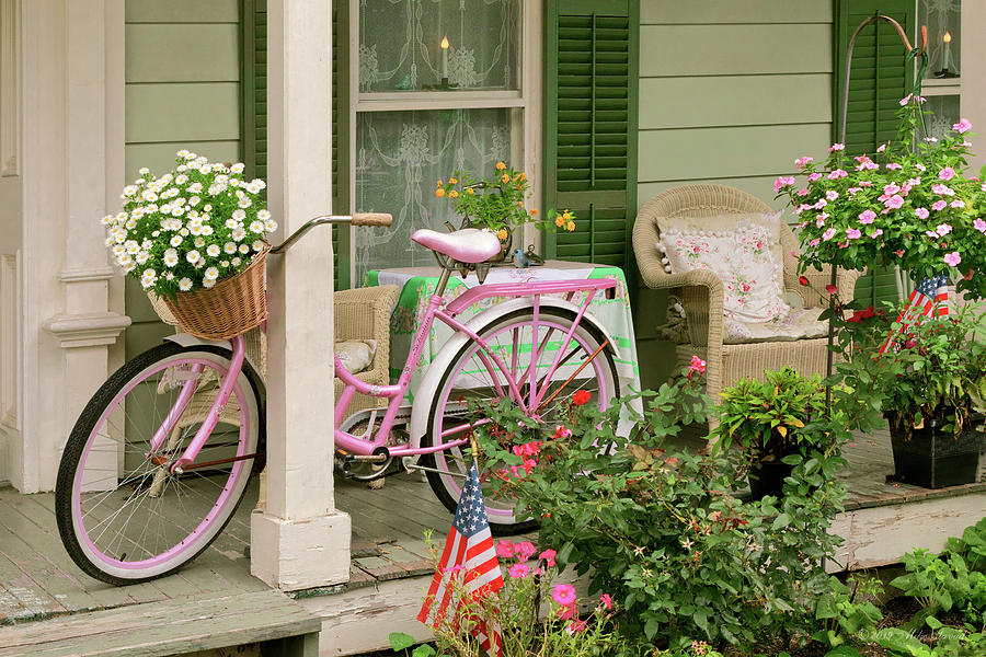 Bike - Belvidere NJ - The easy life by Mike Savad