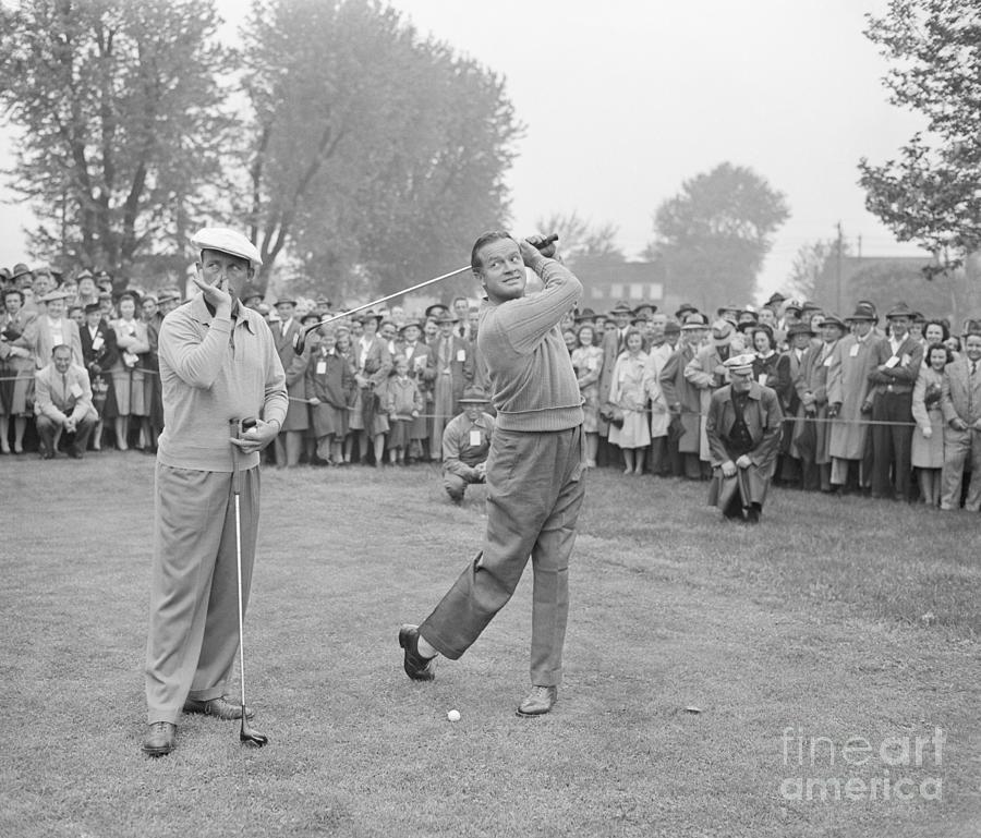 Bing Crosby And Bob Hope Goofing Photograph by Bettmann