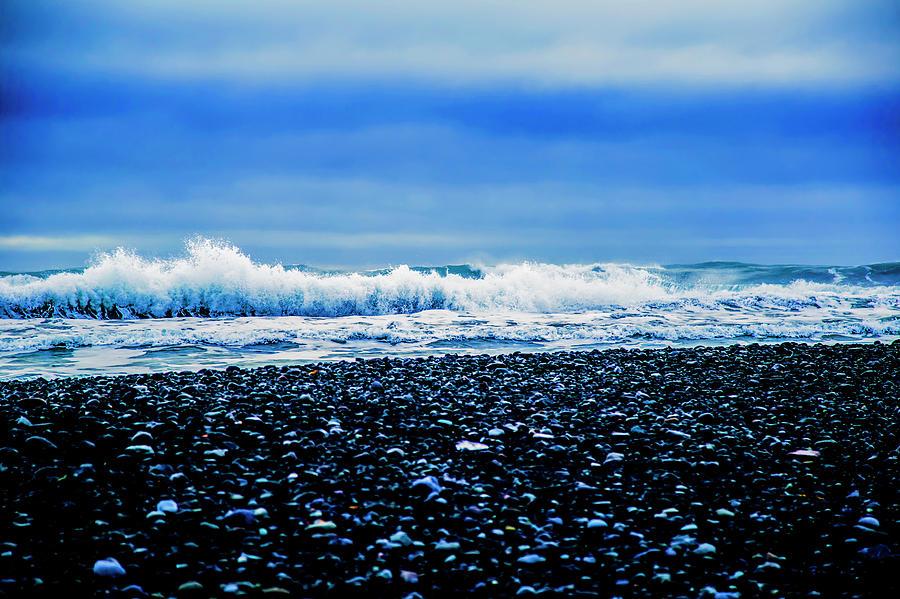 Black Diamond Beach waves by Kevin Banker