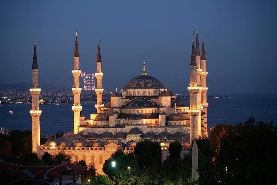 Blue Mosque In Istanbul Photograph by Ayse Topbas