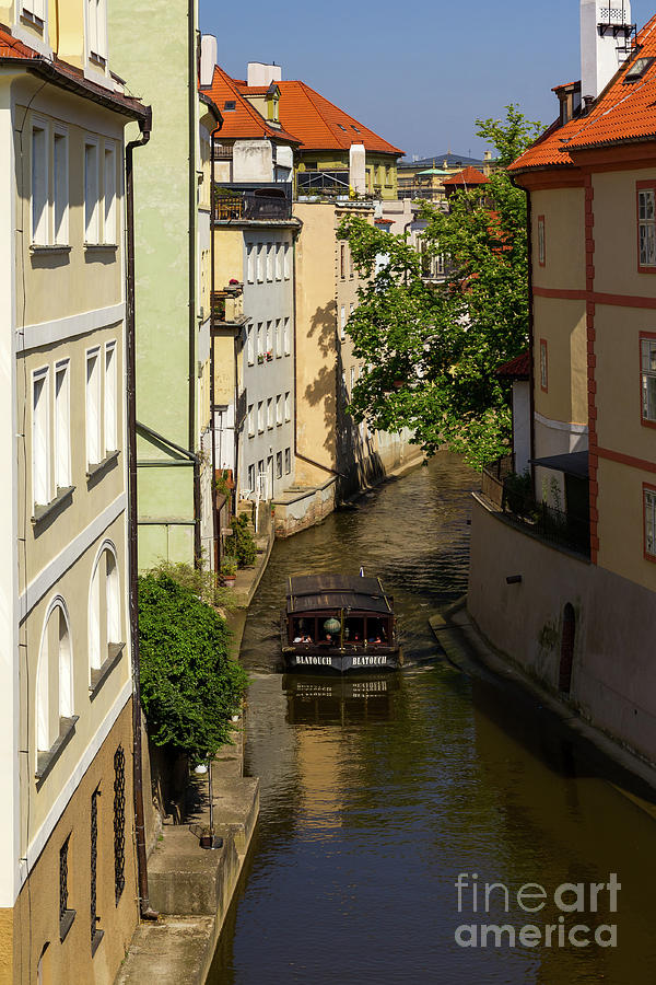 Boating Through Prague by Les Palenik