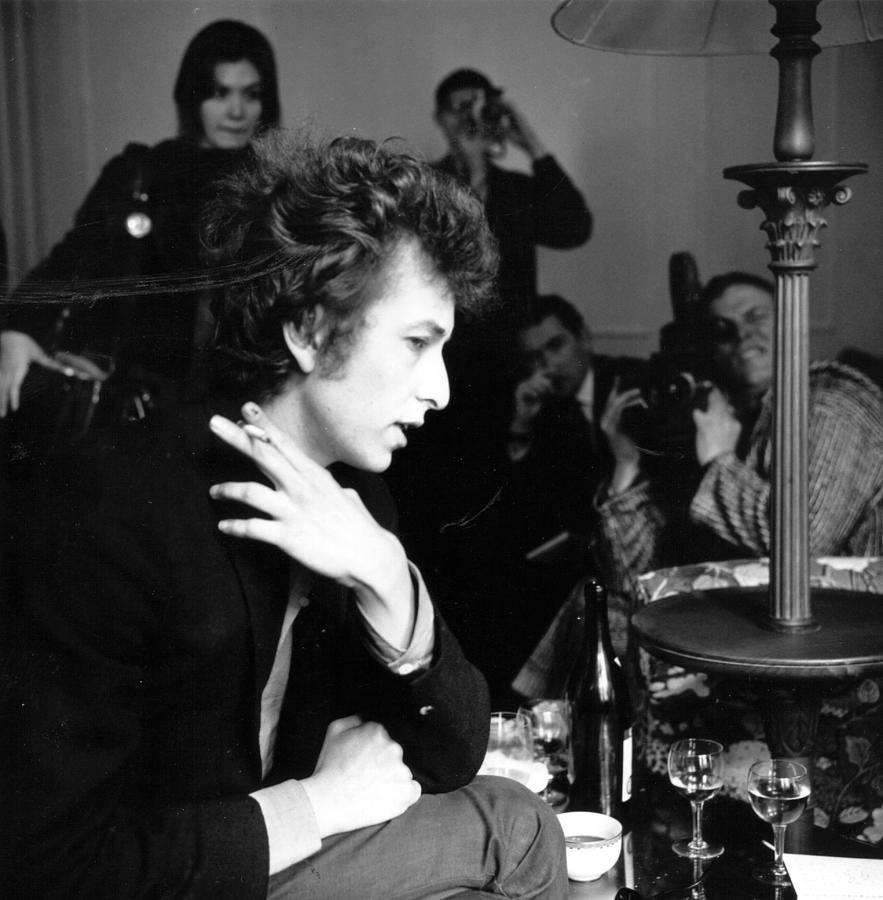 Bob Dylan 1965 Photograph by Evening Standard
